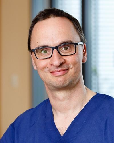 Dr. Ludwig Helmke